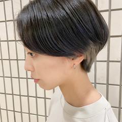 大人ショート モード ショートヘア インナーカラー ヘアスタイルや髪型の写真・画像