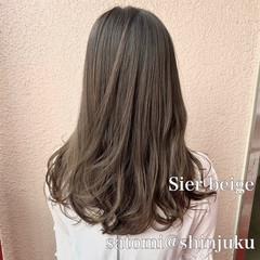 セミロング 透明感 グレージュ 外国人風カラー ヘアスタイルや髪型の写真・画像