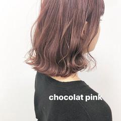 ミディアム ナチュラル 大人可愛い ピンクベージュ ヘアスタイルや髪型の写真・画像