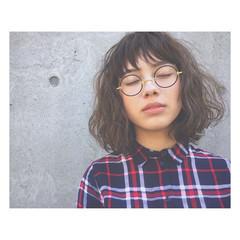 春 パーマ ストリート アッシュ ヘアスタイルや髪型の写真・画像
