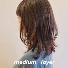 ナチュラル レイヤーカット レイヤーヘアー ウルフレイヤー ヘアスタイルや髪型の写真・画像