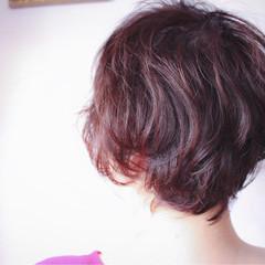 ベリーピンク グレージュ ボブ ピンク ヘアスタイルや髪型の写真・画像