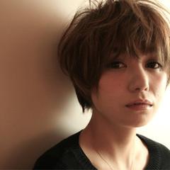 外国人風 ショートボブ 大人かわいい ストリート ヘアスタイルや髪型の写真・画像
