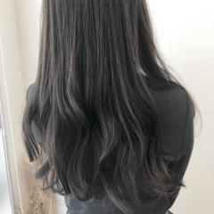 ロング 無造作パーマ デジタルパーマ フェミニン ヘアスタイルや髪型の写真・画像