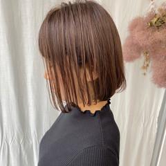 切りっぱなしボブ ナチュラル ボブ ショートボブ ヘアスタイルや髪型の写真・画像