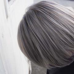ブリーチ ストリート ホワイトブリーチ ブリーチオンカラー ヘアスタイルや髪型の写真・画像