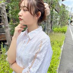 ミディアム ショートヘアアレンジ ナチュラル シニヨン ヘアスタイルや髪型の写真・画像