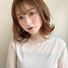 大人かわいい アンニュイほつれヘア ミディアム ナチュラル ヘアスタイルや髪型の写真・画像