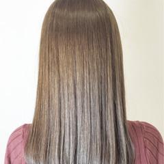 グレージュ 縮毛矯正 ロブ セミロング ヘアスタイルや髪型の写真・画像