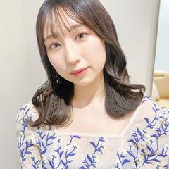 ナチュラル 韓国ヘア シースルーバング ミルクティーグレージュ ヘアスタイルや髪型の写真・画像