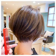 ショートヘア 大人カジュアル 丸みショート ショートボブ ヘアスタイルや髪型の写真・画像