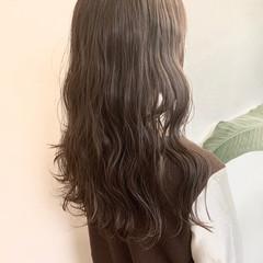 ブラウンベージュ ヌーディーベージュ ナチュラル アッシュベージュ ヘアスタイルや髪型の写真・画像