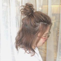 簡単ヘアアレンジ ショート ハイライト ボブ ヘアスタイルや髪型の写真・画像