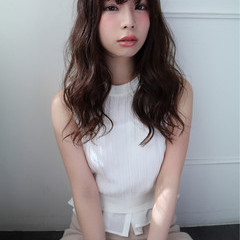 ゆるふわ アッシュ 外国人風 パーマ ヘアスタイルや髪型の写真・画像