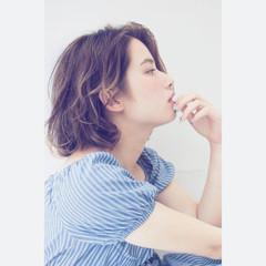 ミディアム ガーリー ピュア パーマ ヘアスタイルや髪型の写真・画像