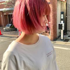 ボブ ベリーピンク ピンク ミニボブ ヘアスタイルや髪型の写真・画像