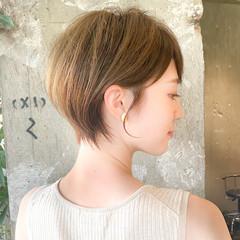 エレガント ショートカット ショートボブ 流し前髪 ヘアスタイルや髪型の写真・画像