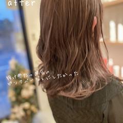 イルミナカラー 鎖骨ミディアム ピンクベージュ ミディアム ヘアスタイルや髪型の写真・画像