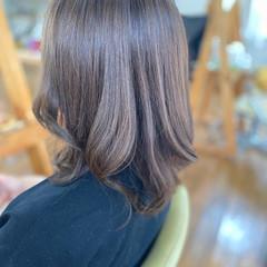 艶髪 透明感カラー セミロング コンサバ ヘアスタイルや髪型の写真・画像