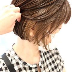 ボブ ストリート ベージュ ショートヘア ヘアスタイルや髪型の写真・画像