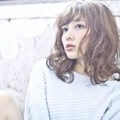 ミディアム フェミニン モテ髪 コンサバ ヘアスタイルや髪型の写真・画像