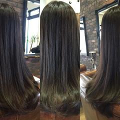 モード ロング ナチュラル アッシュ ヘアスタイルや髪型の写真・画像