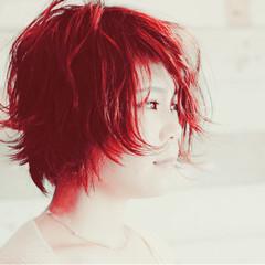 赤髪 レッド カシスレッド ショート ヘアスタイルや髪型の写真・画像