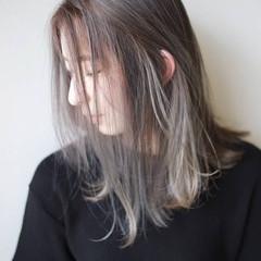 イルミナカラー ミルクティーベージュ ナチュラル ミルクティーグレージュ ヘアスタイルや髪型の写真・画像