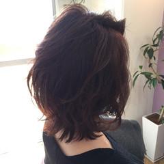ミディアム フェミニン ロブ 外ハネ ヘアスタイルや髪型の写真・画像