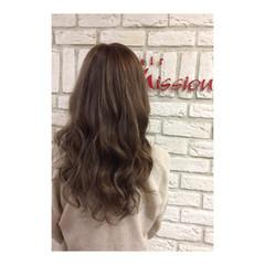 セミロング アッシュ 外国人風カラー ガーリー ヘアスタイルや髪型の写真・画像