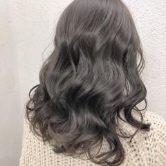 グレージュ ブリーチなし 透明感カラー イルミナカラー ヘアスタイルや髪型の写真・画像
