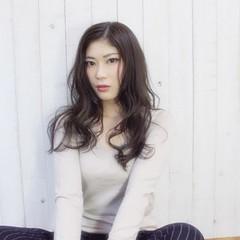ロング 無造作 外国人風 グレージュ ヘアスタイルや髪型の写真・画像