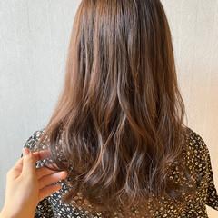 モテ髪 ナチュラルベージュ セミロング 透明感カラー ヘアスタイルや髪型の写真・画像