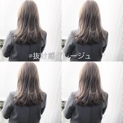 ナチュラル グレージュ アンニュイほつれヘア 前髪 ヘアスタイルや髪型の写真・画像