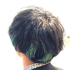 ボーイッシュ ショート グリーン メンズ ヘアスタイルや髪型の写真・画像