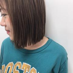 ナチュラル 透明感カラー ハイライト 切りっぱなしボブ ヘアスタイルや髪型の写真・画像