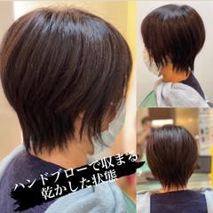 ナチュラル ウルフカット ショートヘア ショートボブ ヘアスタイルや髪型の写真・画像