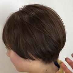 横顔美人 ショートヘア イルミナカラー ベージュ ヘアスタイルや髪型の写真・画像