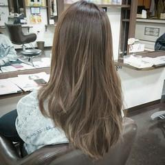 グラデーションカラー ロング アッシュ ストリート ヘアスタイルや髪型の写真・画像
