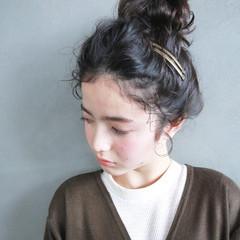 ヘアアレンジ 外国人風 セミロング 簡単ヘアアレンジ ヘアスタイルや髪型の写真・画像