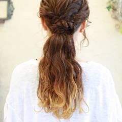 ヘアアレンジ コンサバ フェミニン ロング ヘアスタイルや髪型の写真・画像