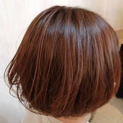 フェミニン ピンク ボブ ハイライト ヘアスタイルや髪型の写真・画像