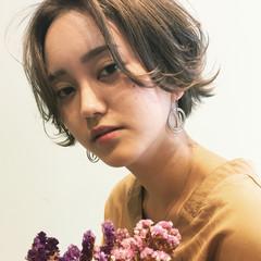 秋 リラックス ナチュラル 透明感 ヘアスタイルや髪型の写真・画像