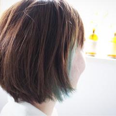 ボブ ハイライト 冬 グレー ヘアスタイルや髪型の写真・画像