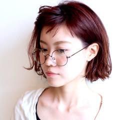 ガーリー ピンク 外ハネ レッド ヘアスタイルや髪型の写真・画像