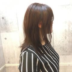 オフィス セミロング フェミニン デート ヘアスタイルや髪型の写真・画像