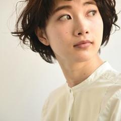 黒髪 マッシュ ショート 外国人風 ヘアスタイルや髪型の写真・画像