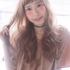 暗髪 ワイドバング 透明感 アッシュ ヘアスタイルや髪型の写真・画像
