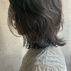 外ハネボブ くびれカール レイヤー ナチュラル ヘアスタイルや髪型の写真・画像