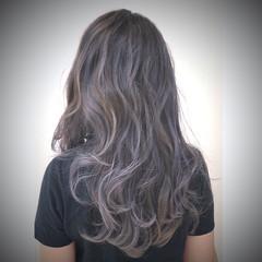 ハイトーン ロング ナチュラル グラデーションカラー ヘアスタイルや髪型の写真・画像